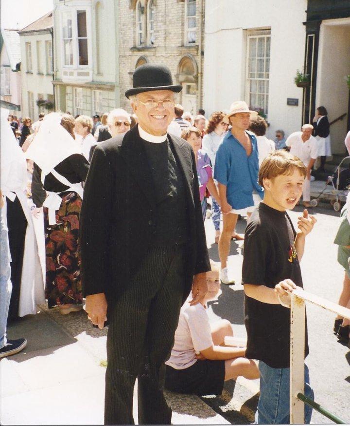 Rev. John Spear at the Victorian Pilton Festival 1993