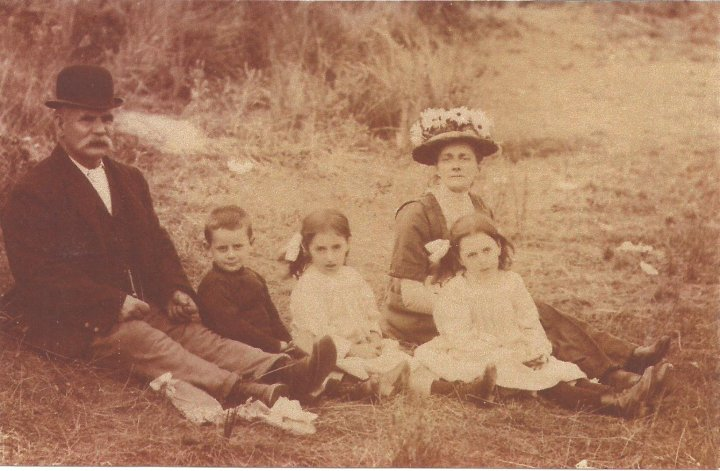 The Blake Family of 50, The Rock, Circa 1910
