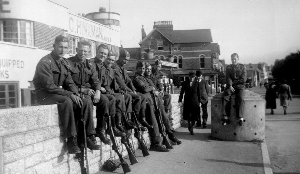 The 1939-1945 Shirwell Home Guard on Pilton Bridge