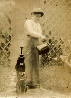 Elizabeth Annie Pearce, first wife of Charles Pearce Senior
