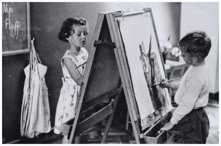 Painting at Pilton Infants' School around 1959