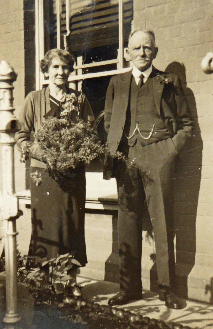 Harry Samuel Stevens and his wife at 55 Rolle Street in 1948