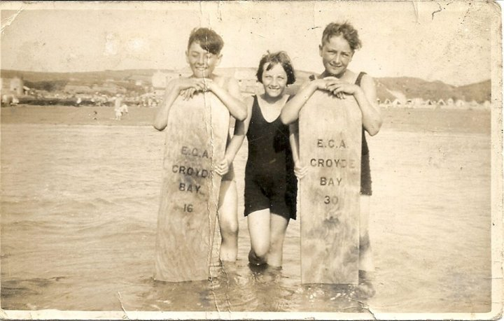 Three Young Pilton Residents at Croyde in 1934
