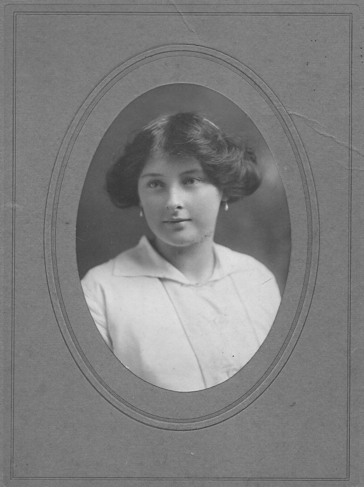 Maud Pearce, daughter of Charles Pearce of Pilton House, in around 1910
