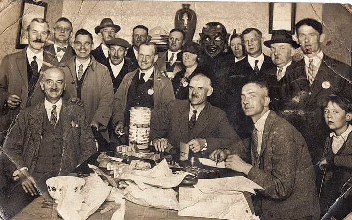 Meeting in the Liberal Room, Pilton, about 1933