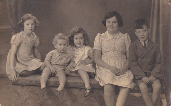 The Murch Family (part 1) in 1942