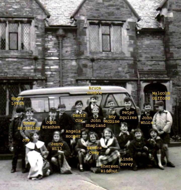Minibus outing for pupils of Pilton Junior School about 1961-62