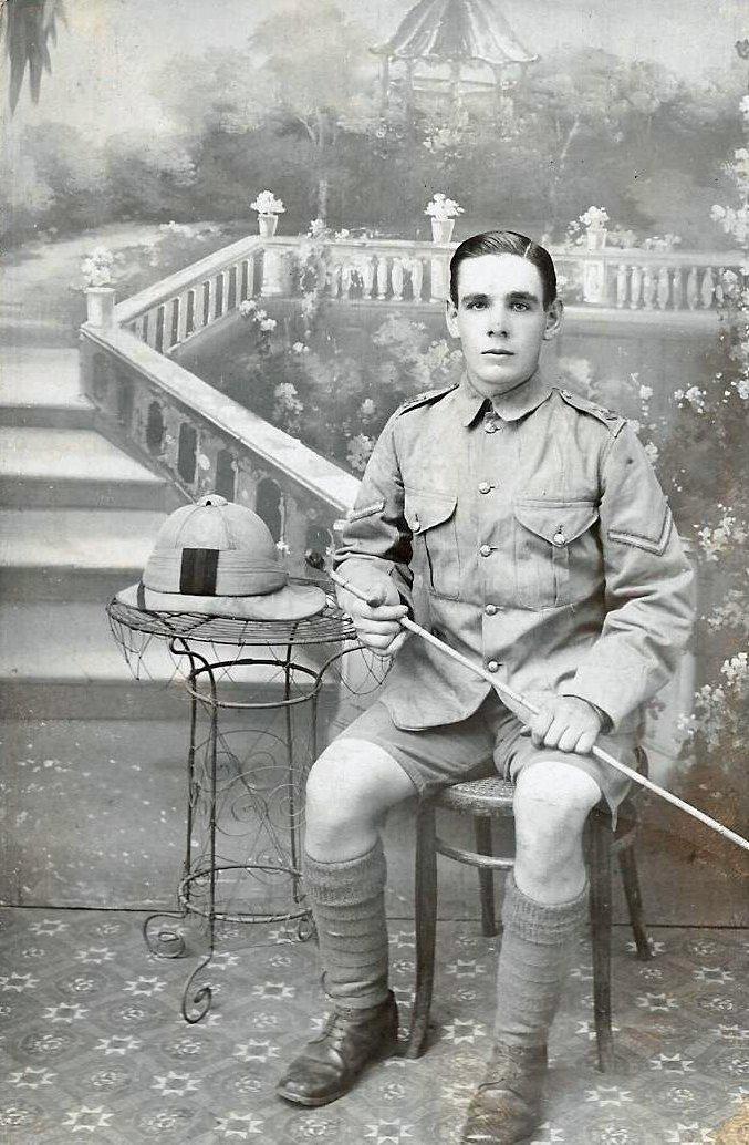 Alfred Edward Hobbs in Deolali, Maharastra, India, in 1915