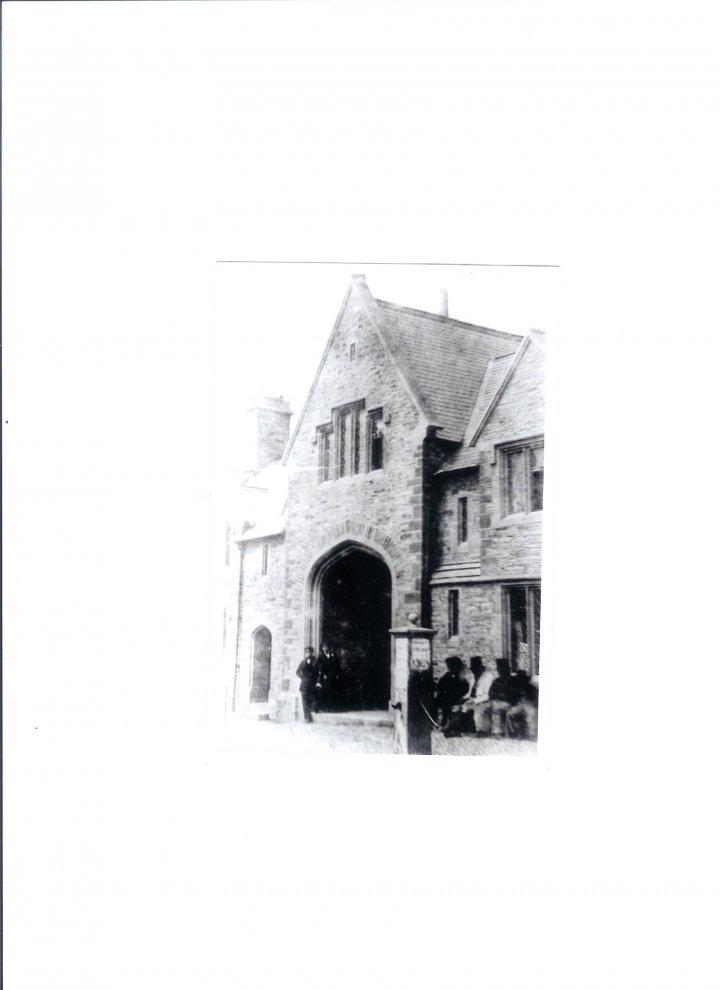 Pilton Almshouses Archway