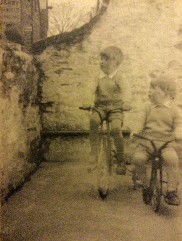 Living on Pilton Quay in the 1950s : 4
