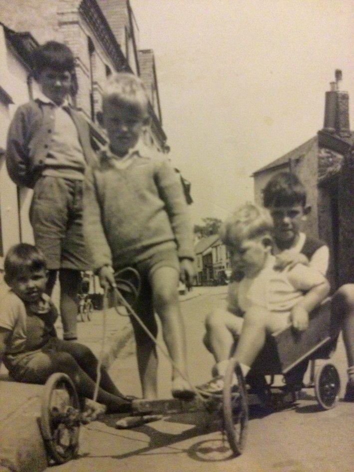 Living on Pilton Quay in the 1950s : 5